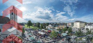 Ober-Grafendorf: Blick über Kirche und Marktplatz